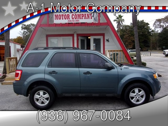 2010 Ford Escape XLS FWD 6-Speed Automatic